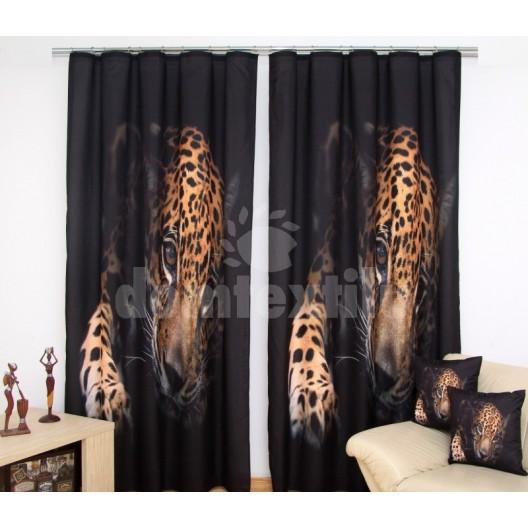 Čierne závesy do okien s motívom geparda