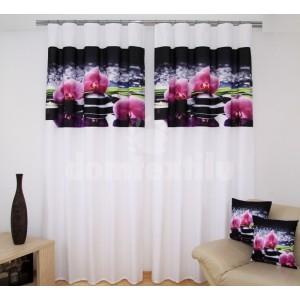 Biela luxusná záclona s čiernym motívom ružových orchideí