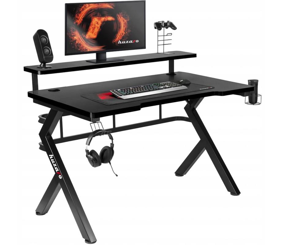 Mimoriadne prepracovaný herný stôl čierny