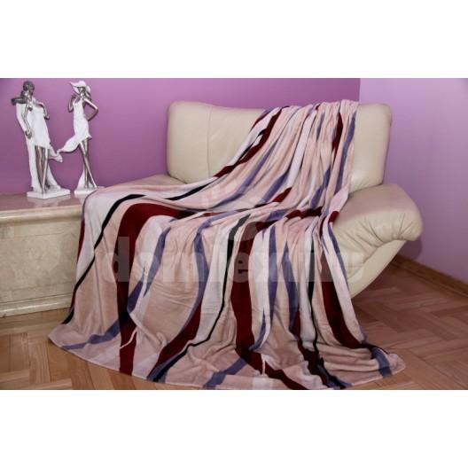 Béžová deka s farebným vzorom