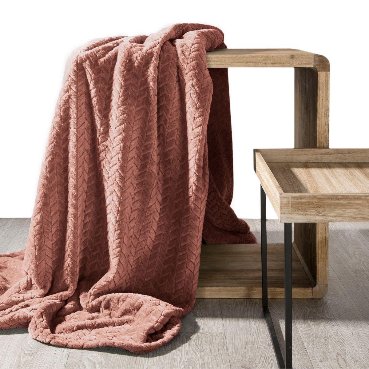DomTextilu Kvalitná ružová deka s geometrickým vzorom 70 x 160 cm
