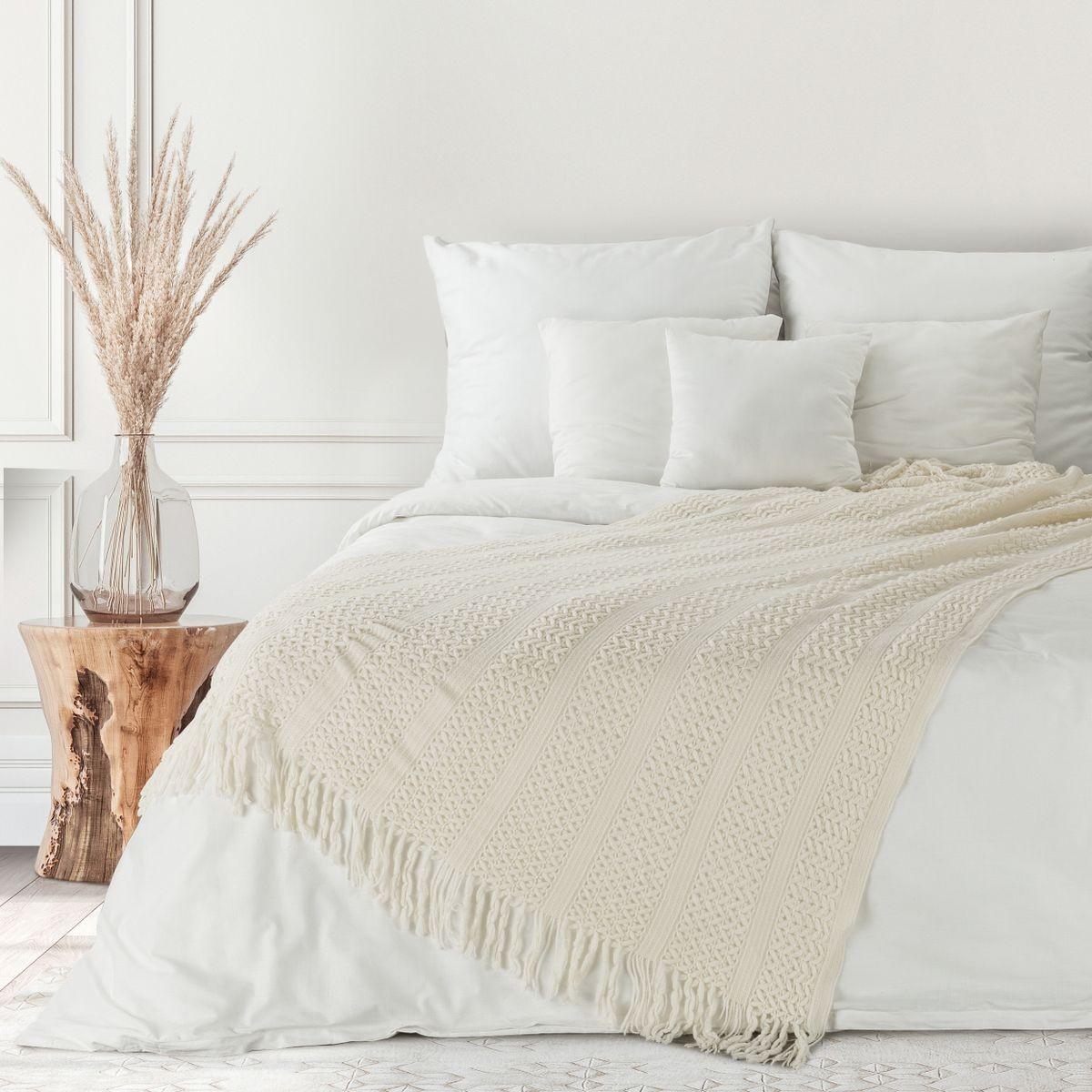 Kvalitná krémová akrylová deka s pleteným vzorom 130 x 170 cm Šírka: 130 cm   Dĺžka: 170 cm