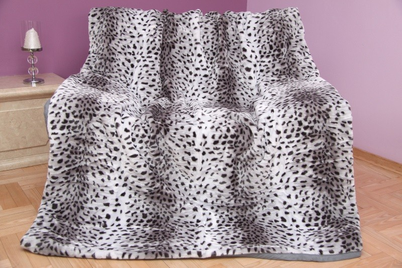 DomTextilu Luxusná akrylová deka sivá s čiernymi škvrnami 200 x 240 cm