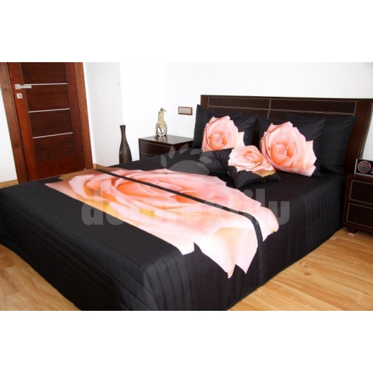 Čierne prehozy s ružovou ružou