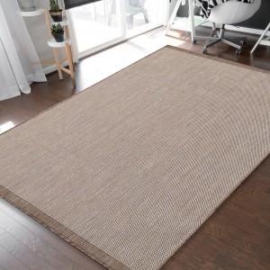 Jednoduchý a praktický hladký koberec sivej farby