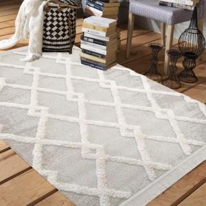 Béžový koberec v škandinávskom štýle
