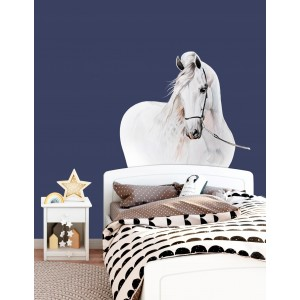 Krásna nálepka na stenus motívom bieleho koňa